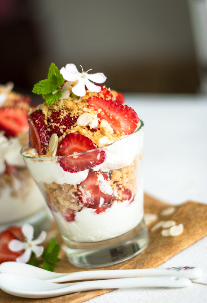 Mascarpone Cream with Strawberries
